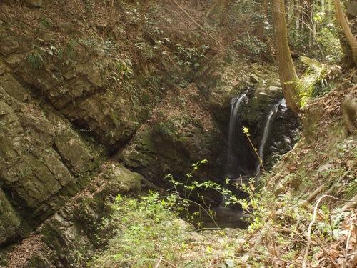 7:御主殿の滝.jpg